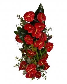 Aranjament funerar cu anthurium rosu
