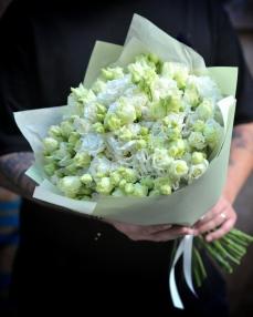 Bouquet 21 white lisianthus