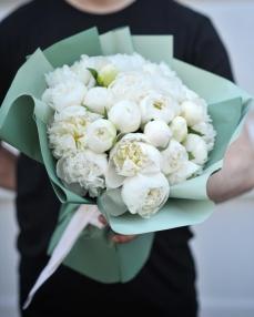 Bouquet 25 white peonies