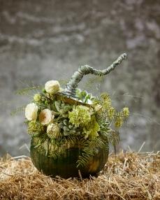 Floral arrangement Live autumn legend