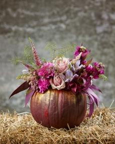Floral arrangement The power of imagination