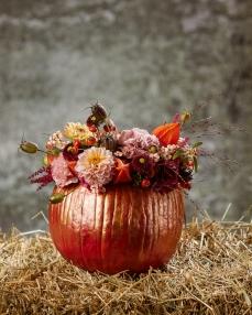 Floral arrangement A pumpkin