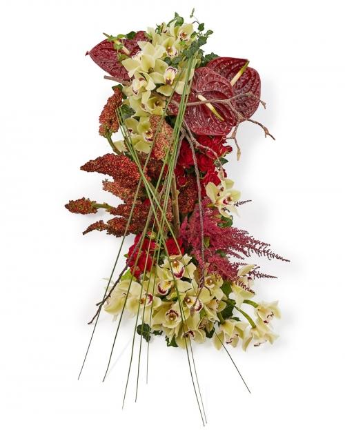 Aranjament funerar cu orchidee si mini trandafiri
