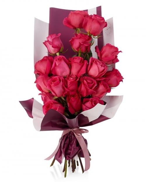 Buchet 19 trandafiri cyclam