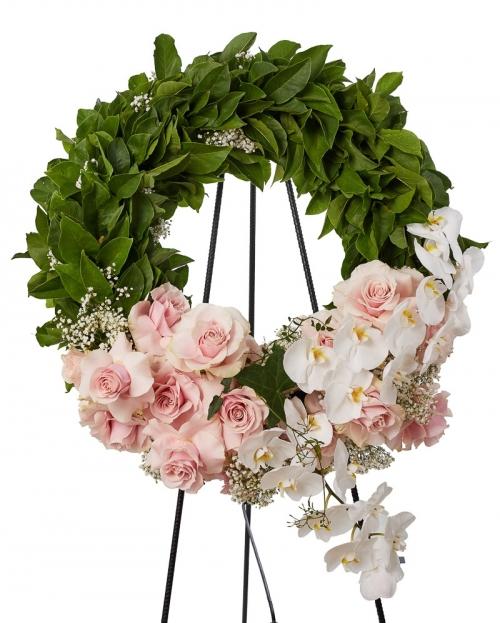 Coroana funerara cu trandafiri si phalaenopsis
