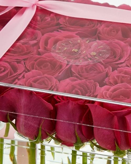 Cutie acrilica 25 trandafiri ciclam