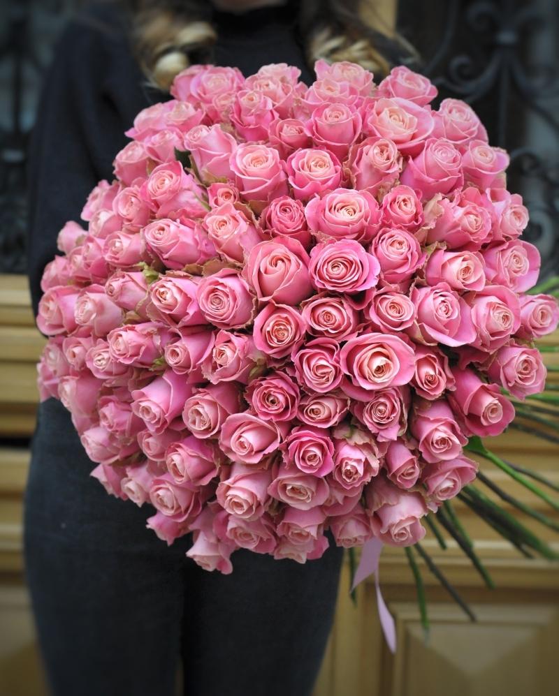 Buchet 101 trandafiri roz