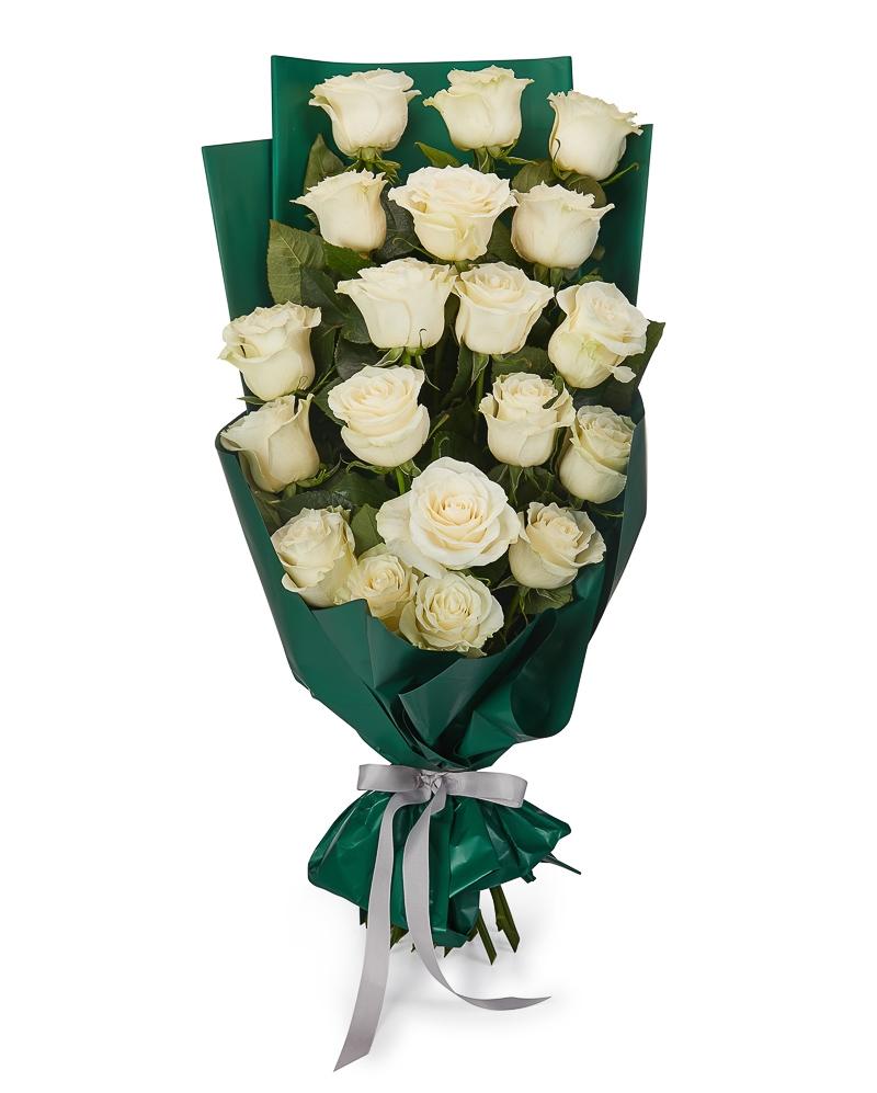 Buchet 19 trandafiri albi