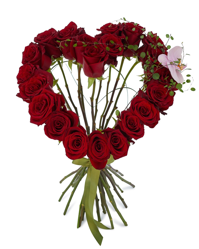 Buchet inima cu trandafiri rosii