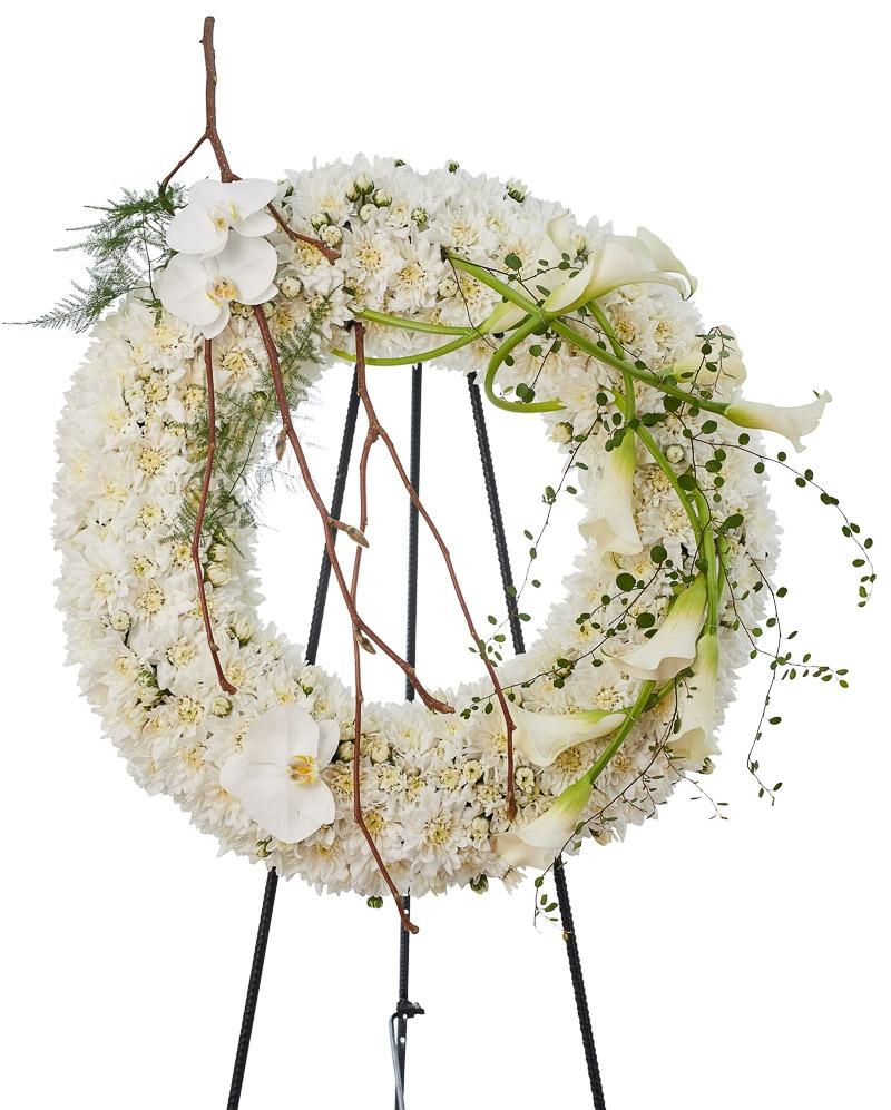 Coroana funerara cu crizanteme si cale