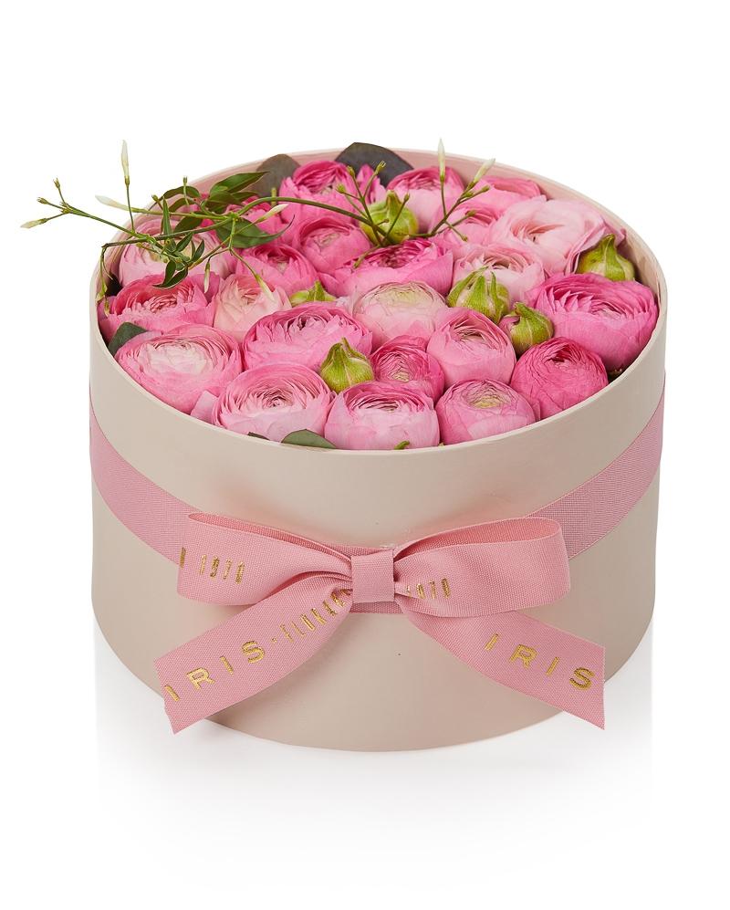 Cutie cu 23 ranunculus roz